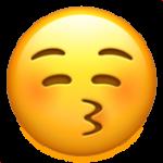 Смайл Поцелуй с закрытыми глазами ВКонтакте